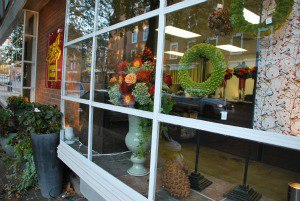 When The Grocery Store Bouquet Won't Cut It: Old Town's Acclaimed Helen Olivia Floral Design Delivers