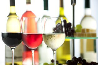 Online retailer Swirl and Sip takes the guesswork out of finding great wine. Coming to Mosaic District.