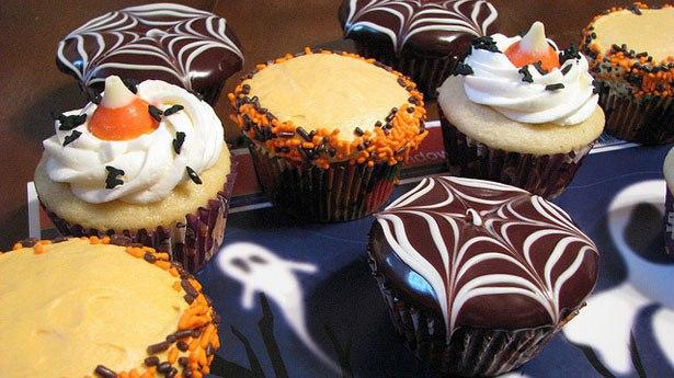 Halloween_Cupcakes.jpg
